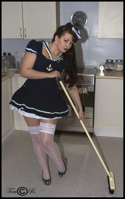 Valentina Velvet pin-up model